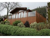 Loch front Lodge.Unrestriced loch and mountain views. 5* facilities at Drimsynie Estate Lochgoil.