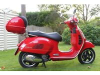 Vespa GTS 300ie Low Mileage