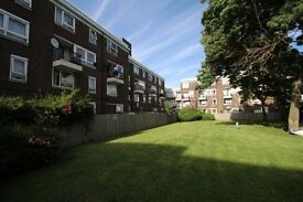 Lovely Great Size 3 Bedroom Flat in Poplar E14