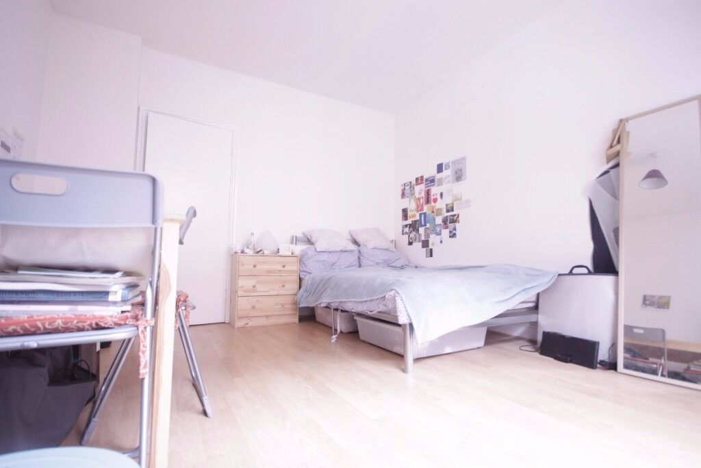 MASSIVE 4 BEDROOM FLAT TO RENT IN E1 WHITECHAPEL WILL GO FAST CALL NOW