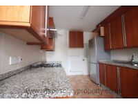 7 Bedroom House to Rent in NW2 - Ideal for Sharers -Near Willesden Green Tube -Available end of Sept
