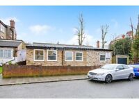 BRAND NEW modern 3 bed detached bungalow with a garage in Streatham Hill.