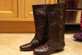 Authentic Andrea Pfister brown crocodile boots for petite feet (tight fit)