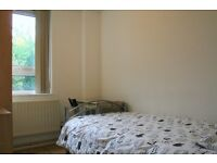 SINGLE ROOM AVAILABLE NOW!! CLOSE TO CANARY WHARF!! ALL BILLS INCLUDED - FULLY FURNISHED!!