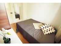 AMAZING COZY DOUBLE ROOM IN CAMDEN AREA , MUST VIEW! ONLY HALF MONTH DEPOSIT. 28I