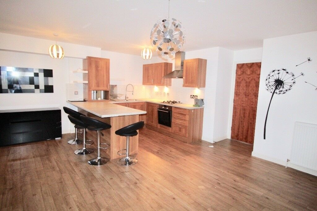 2 BEDROOM MODERN APARTMENT IN ANNIESLAND (NOT KNIGHTSWOOD!), 1ST FLOOR, PRIVATE PARKING