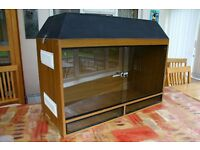Vivarium, suits snakes or other reptiles, 3ft wide, 2ft 3in tall and 1ft 6in deep