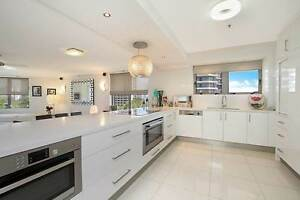 STYLISH 3 BEDROOM APARTMENT IN THE GRAND MARINER Surfers Paradise Gold Coast City Preview