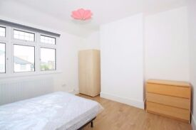 ***Stany and cozy double room to single use only***Italian/Spanish speaker