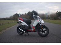 Aprilia SR motard 50cc moped