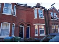 FOUR BEDROOM STUDENT HOUSE IN PORTSWOOD - SOUTHAMPTON