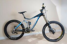 Downhill Bike, Giant Glory 0 Custom Build 2014