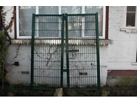 Very Large Heavy Garden / Industrial / Security Gates *** VERY NEARLY NEW ***