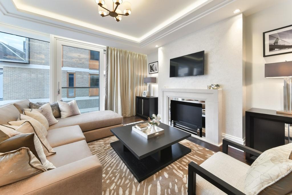 1 bedroom flat in Milford House, Strand, Westminster WC2R