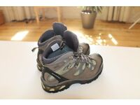 Hiking Boots: Salomon COMET 3D GTX M, size 5