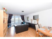 Spacious two bedroom apartment to rent in Kingston. Garricks House.