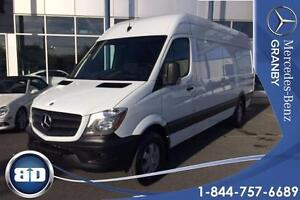 2015 Mercedes-Benz Sprinter cargo vans HIGH ROOF 170' WHEEL BASE