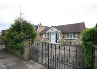 LARGE THREE BEDROOM BUNGALOW IN WRAYSBURY - close to old windsor staines heathrow slough datchet