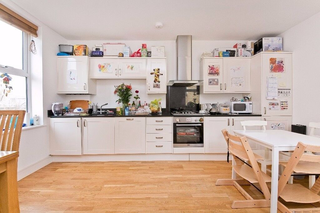 Amazing Two Bedroom Property In The Heart of Kentish Town