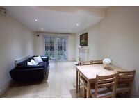 NW2 - 2 Bedroom Flat - Ideal for Professionals - Near Cricklewood Thameslink Station -Available Now