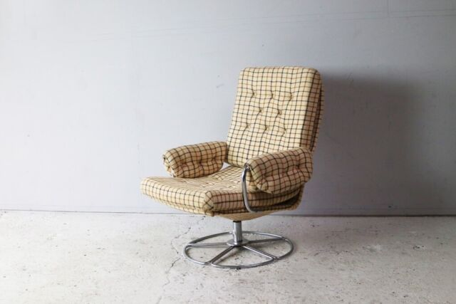 Astonishing 1970S Danish Mid Century Checked Wool Swivel Chair In Waltham Abbey Essex Gumtree Creativecarmelina Interior Chair Design Creativecarmelinacom