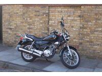 Yamaha YBR 125 Custom for sale.