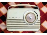 Vintage 1960's Bush radio
