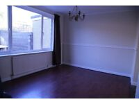 Large 4/5 bedroom Semi-detached House for Rent near City Centre