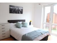Superb House with 5 NEWLY DECORATED ROOMS in Mitcham - MUST SEE!!!