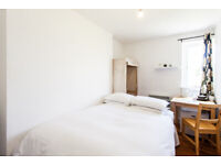 February Offer - Rooms In Clifton from £500/month
