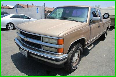 1994 Chevrolet C/K Pickup 1500 K1500 Cheyenne 1994 Chevrolet Cheyenne 1500 4x4 Truck Automatic 8 Cylinder NO RESERVE