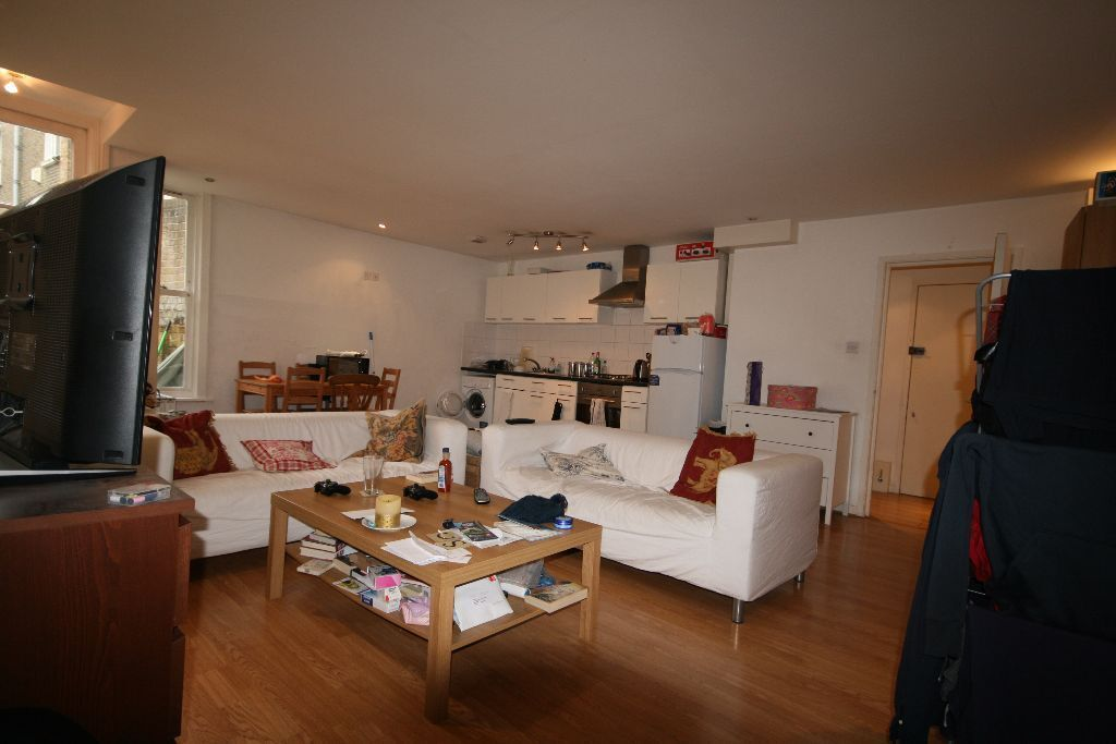 Modern 2 Bed Flat - Stockwell