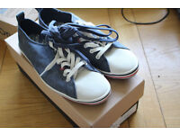 BRAND NEW IN THE BOX PAUL SMITH MUSA NAVY CANVAS SHOES BOUGHT FROM CRUISE £90
