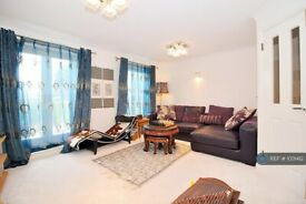 1 bedroom in Marlborough Terrace, Chelmsford, CM2 (#1031412)