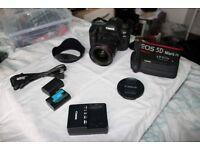 Canon EOS 5D Mark IV 30.4MP Digital SLR Camera With 17-40mm Lens & Battery grip