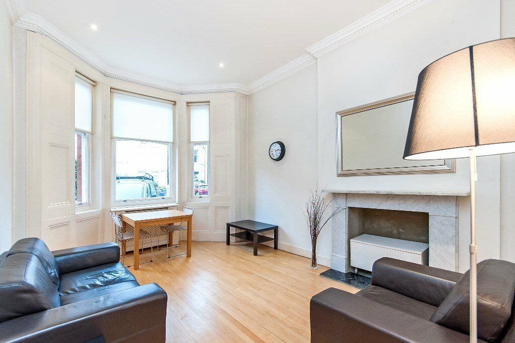 BEAUTIFUL LARGE GROUND FLOOR PERIOD FLAT-FITTED KITCHEN-VIEWINGS RECOMMENDED-CALL RICKY 07527535512
