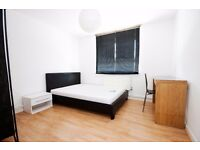 Spacious double bedroom available in September near Elephant & Castle
