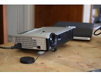 Optoma EP7150 Projector - LOW HOURS!! GREAT PORTABLE PROJECTOR!