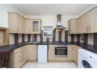 ALDGATE EAST, E1, WONDERFUL, RARE 6 BEDROOM HOUSE CLOSE OVER 3 FLOORS