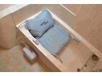 Mangar Bathing Cushion with new battery. Excellent condition.