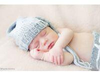 Free female baby photographer!!