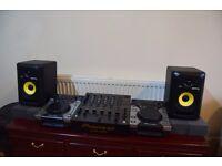 Pioneer CDJ400 (Pair), Pioneer DJM600 & KRK Rokit RP5 G3 (Pair) - £700