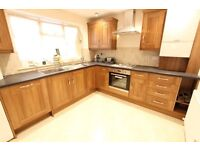 2 two Bed to let AVAILABLE NOW. Wood Green N22. Ideal for sharers or a family