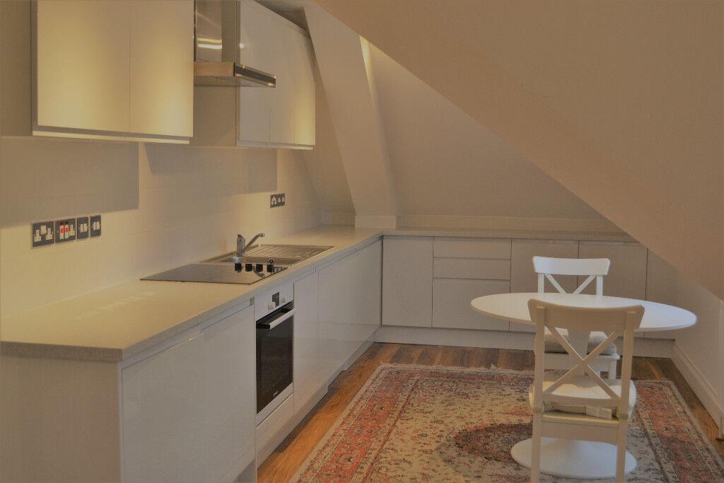 Luxury modern,two bedroom flat.Edgware-Ashcombe Grds.