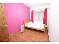 Amazing Double Bedroom Available In Redbridge, IG1