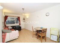 LARGER THAN AVERAGE ONE BEDROOM FLAT VERY CLOSE TO TUBE