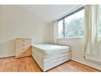 CLICK HERE CALLING ALL STUDENTS 5 BEDROOM 3 BATHROOM FLAT - FURNISHED - OVAL/STOCKWELL STATION