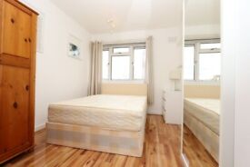 🏡REFURBISHED FLAT IN FRONT OF MILE END STATION! Zero deposit apply- Eric street