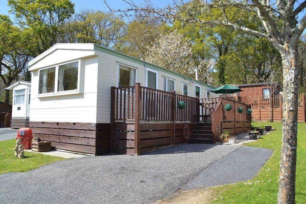 STOP PRESS *Finlake Holiday Park Late offers* weekend breaks only £250 Splash Pool & Gym now open