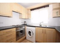STYLISH ONE BEDROOM FLAT IN WEST THAMESMEAD SE28!!!ONLY £900 P/M